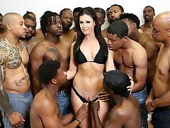 18 Black Men Gang-fuck India Summer