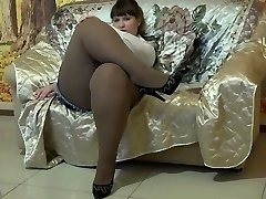 Killer BBW In Pantyhose