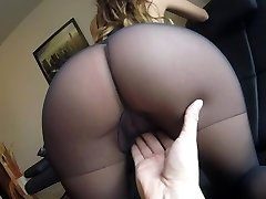 Sexy MILF Claudia fucked in tights