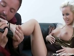 Euro MILF Needs A Meatpipe In Her Ass