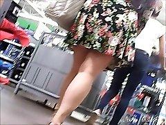 upskirt , fat girl but appetizing ass ,