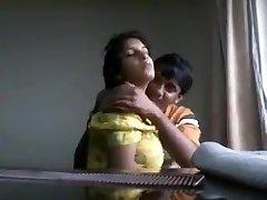 Desi boyfriend toying with fleshy boobs of his girlfriend