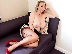 Blonde Milf with Big Boobs Frolicking Cam Free Porn