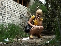 spy urinate 23