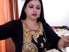 NRI INDIAN Wifey NUDE  GETTING DRESSED