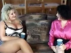 getting some mummy in law ass with her buddy