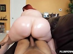 Big Ass Redhead PAWG Cougar Marcy Diamond Shoots POV