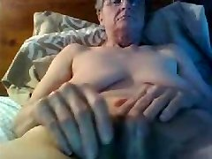 Grany Huge Big Clit