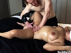 20 yo Asian Amateur gf CHOKED Squirts Big Donk Real Rubdown !