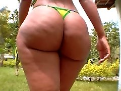 Luana Humungous Brazilian