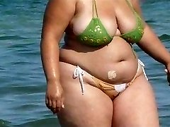 BBW Bikini - Candid ass - Beach Culo hidden cam - Spying Butt