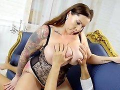Astounding sexy BBW Laura Orsolya senses good about riding strong cock