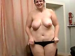 Brunette Amateur-Plus-size-Milf Anal