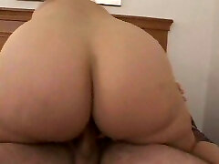 Chunky mature women 4