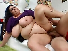 Plus-size MILF with huge natural hangers