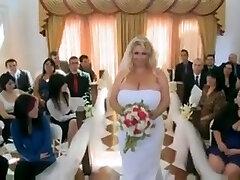 एक बड़ी खूबसूरत औरत 38g शादी की रात