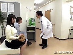 Big jugged Japanese teen Aimi Irie in medical venture