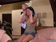 Cuckold surprise for young wifey