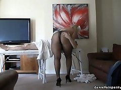stockings massage big ass woman in pantyhose