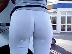 Unbelievable Bubble Butt in White Leggins at Gas Station