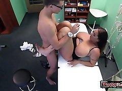 Meaty tits pornstar hardcore with cumshot