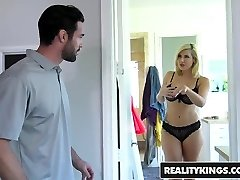 RealityKings - Milf Hunter - Driving Ms Styles starring Char