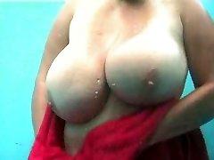 Voyeur beach cabin immense boobs