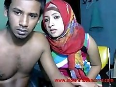 newly married indian srilankan duo live on cam show