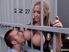 Alanah Rae insatiable as fuck from this muscular prisoner