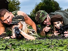 Lexi Lowe & Stella Cox & Freddy Fox & Marc Rose in Harsh Fuckin Whores - Brazzers