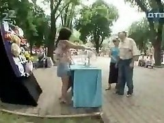 Russian Humor Uber-sexy and hilarious candid camera