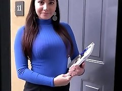 PropertySex Curvaceous Real Estate Agent Pokes Potential Client