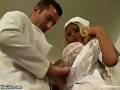 섹시한중년여성 간호사들!!!