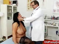 Adult Toy in muff during a wifey obgyn