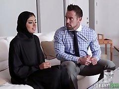 Big breasted hijab Ella Knox gets nailed missionary style rock hard enough