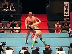 Hot mingled wrestling