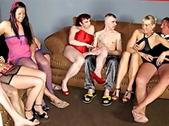 Claudia W & Cool Jessy & Daniela Ad in Amateur German Homemade Bang-out - MMVFilms