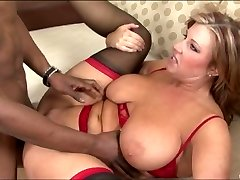 Chubby MILF nailed by a dark-hued dude
