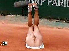 Videoclip - Tennis