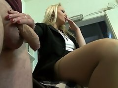 Housewifely buddy gets rewarded with a truly lovely oral job performed by blondie