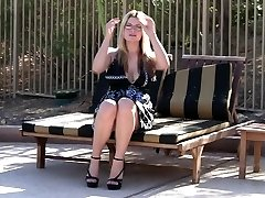Public Nudity & Upskirt Movie - DanielleFtv