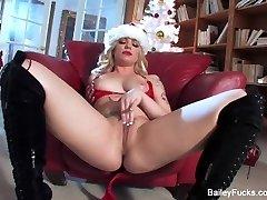 Dahlia Sky's Christmas Getting Off