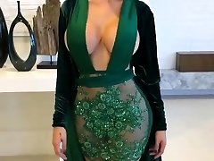Awesome Latina with Glamour