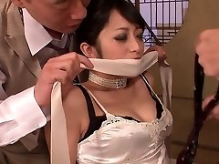 Fancy bombshell gets had threesome fuck after dinner