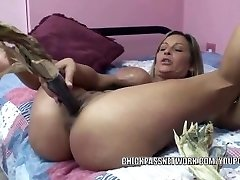 Naughty wife Leeanna Heart uses corn to fuck her hot pussy