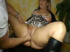 Fisting Amateur Hotty