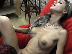 Skinny Cougar lapdances, gives BJ and fucks in few positions