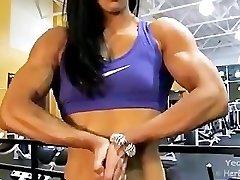 Asian Female Bodybuilder Hulking Out