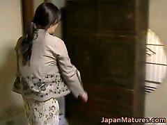 Japanese MILF has kinky sex free-for-all jav