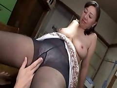 Asian mature sweetie hot sex with a insatiable young man